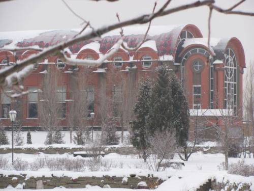 Конференцзал в Креатово,фасад в процессе
